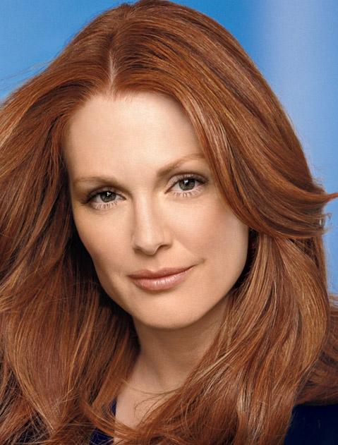 Moore to play Sarah Palin