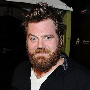 Ryan Dunn Dies as Driver In Fatal Crash