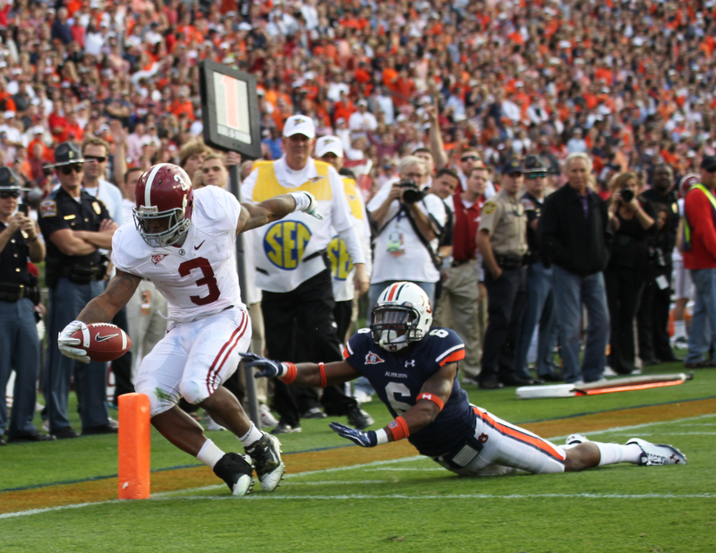 Alabama Dominates Iron Bowl; Beats Auburn 42-14