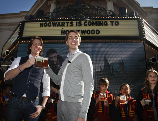 'Harry Potter' theme park coming to L.A.: Is the phenomenon big enough for two coasts?