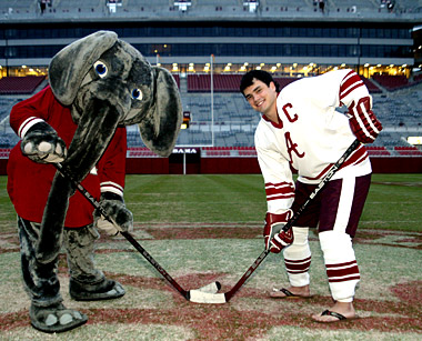 Listen Live: Hockey vs. Ole Miss