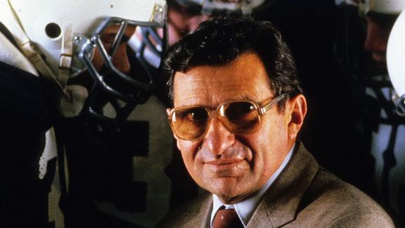 Penn State coaching legend Joe Paterno dies at 85