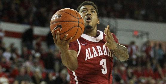 Men's Basketball Travels to South Carolina