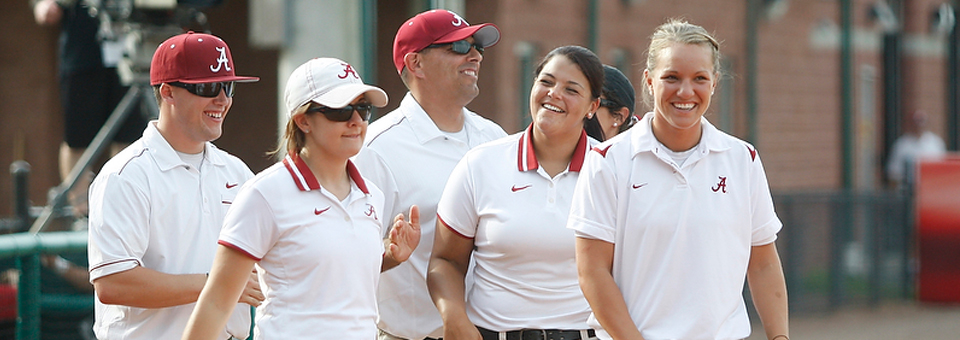 Softball Staff Named National Coaching Staff of the Year