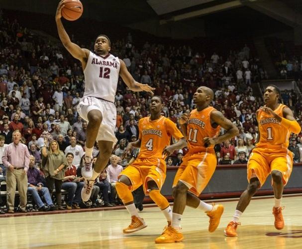 Alabama Men's Basketball Beats Tennessee, 68-65