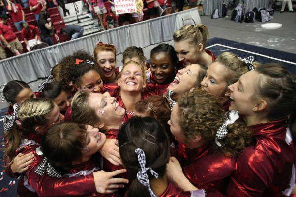 No. 4 Gymnastics Wins Regular-Season Finale Over No. 1 Oklahoma, 197.525-196.900