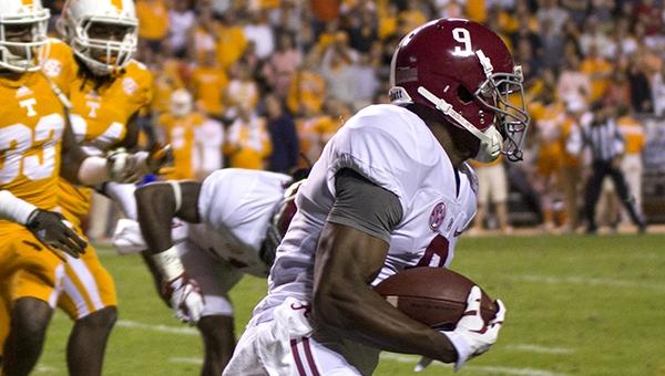 LISTEN: Halftime Update Alabama-27, Tennessee-10