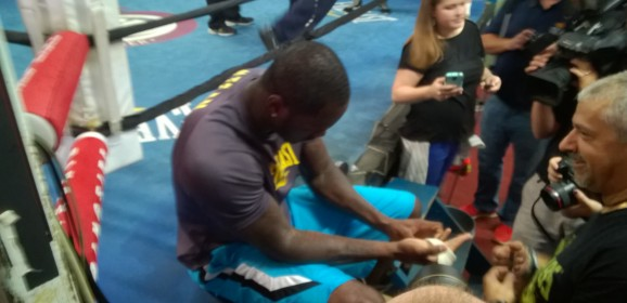 VIDEO: Deontay Wilder holds first media workout